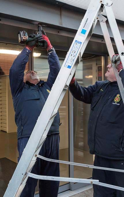 maintenance stepladder royal yacht britannia