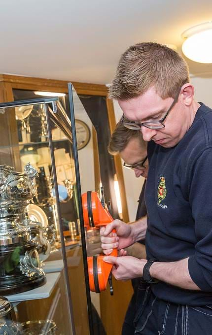 vitrine reassembly maintenance royal yacht britannia