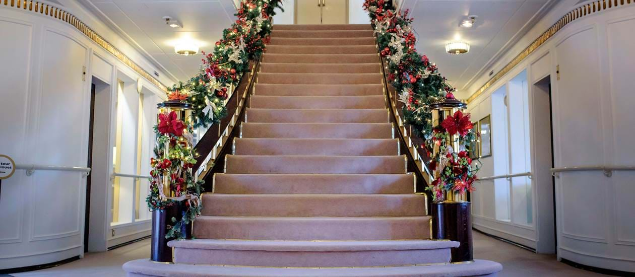 Grand Staircase Christmas Decorations