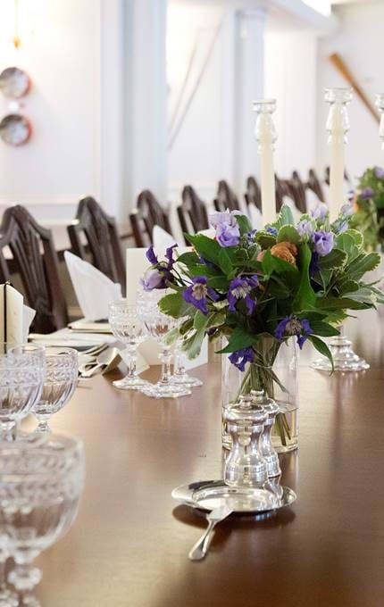 set table royal yacht britannia