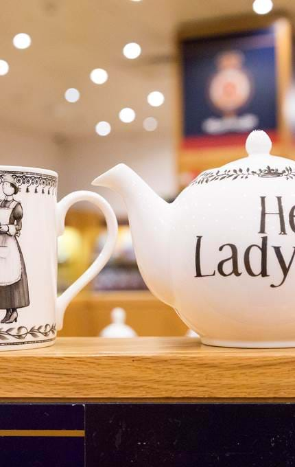 branded teapot and mug royal yacht britannia